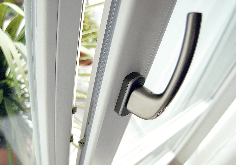 Serramenti e porte blindate riconoscere quelli davvero - Scassinare una porta ...