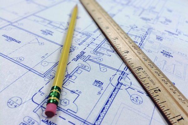 Obbligo di informazione agente immobiliare