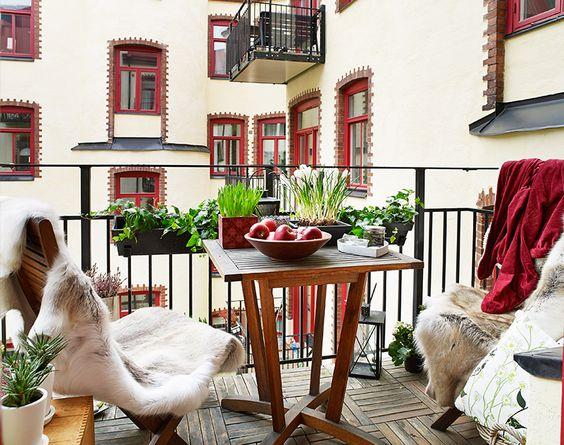 Decorare terrazze e balconi in autunno