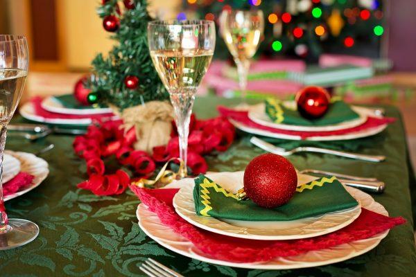 Decorare la tavola per Natale