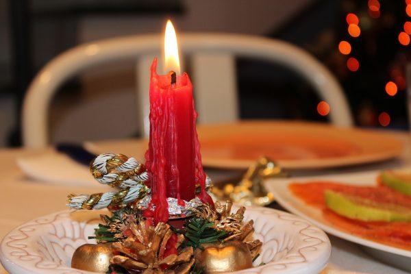 suggeriment per decorare la tavola per Natale