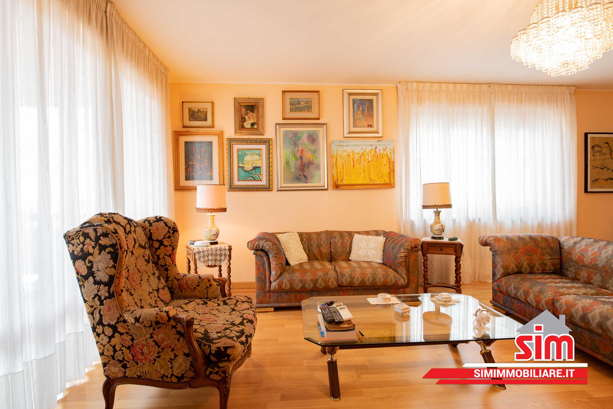 Vendere casa Novara